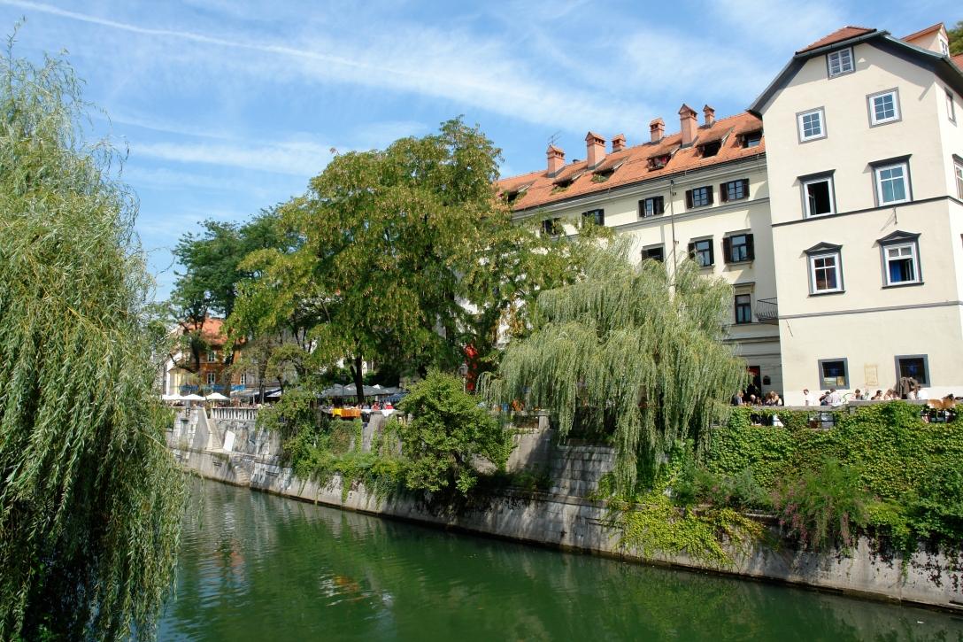 Ljubljanica_riverbanks_B.Kladnik__2575_orig