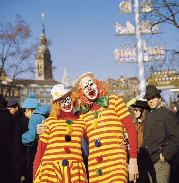 Nr. 561-Foto C. Reiter-Faschings-Clowns am Viktualienmarkt