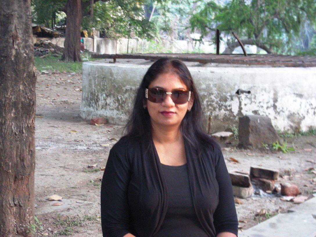 Manjari Bhatnagar at the Shiv Mandir in Telankhedi, Nagpur